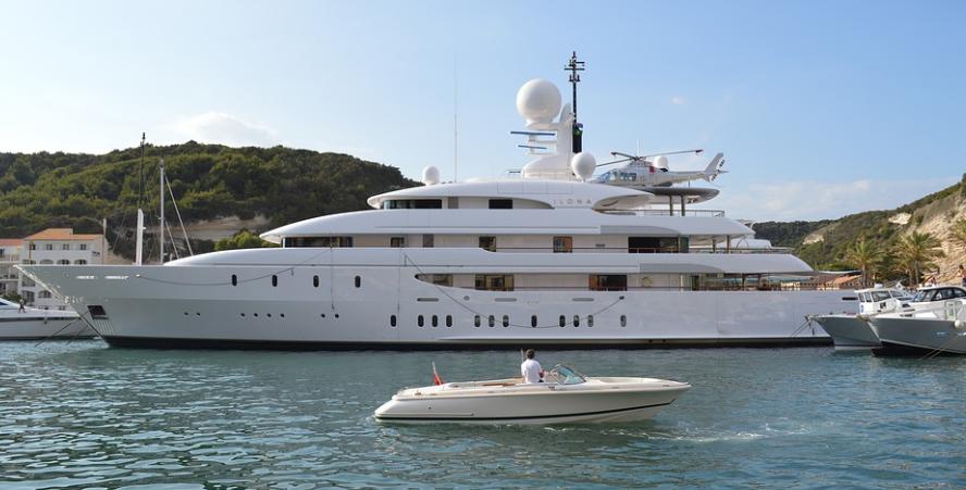 Luksuswy jacht